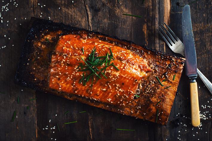Saumon l 39 rable style teriyaki le coup de gr ce - Sauce pour saumon grille barbecue ...